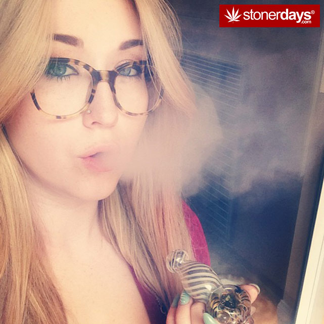Blunt-Joint-sexy-stoner (242)