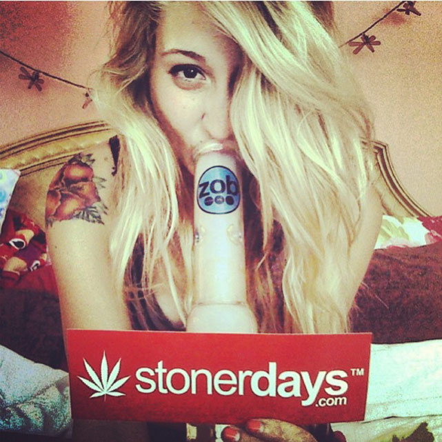 Blunt-Joint-sexy-stoner (9)