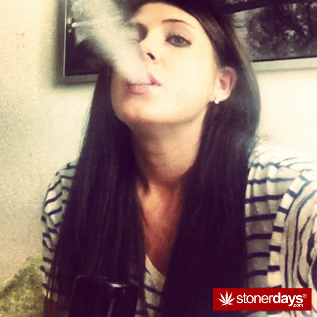 stoner-weed-girls-blazed (225)