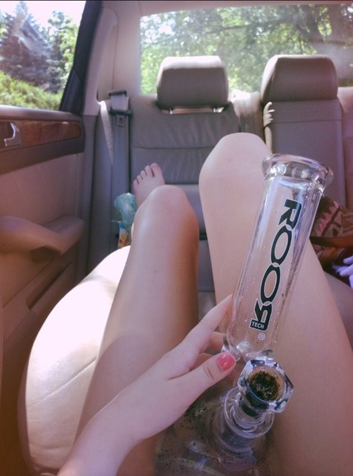 GIRLS-GONE-GANJA-STONERS (22)