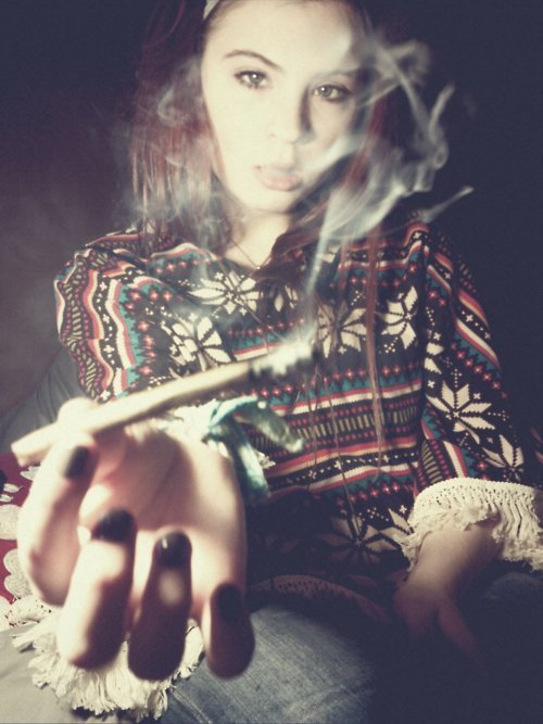 GIRLS-GONE-GANJA-STONERS (23)