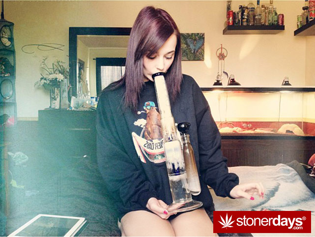 smoking-bongs-fat-blunts (106)