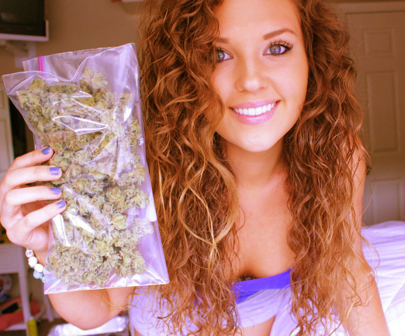 stoner-girls-gone-ganja