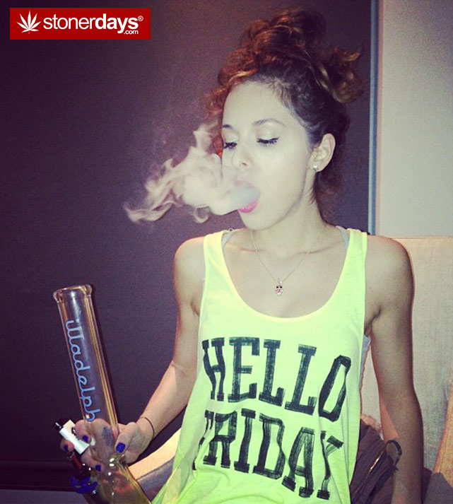 stoner-weed-girls-blazed (143)
