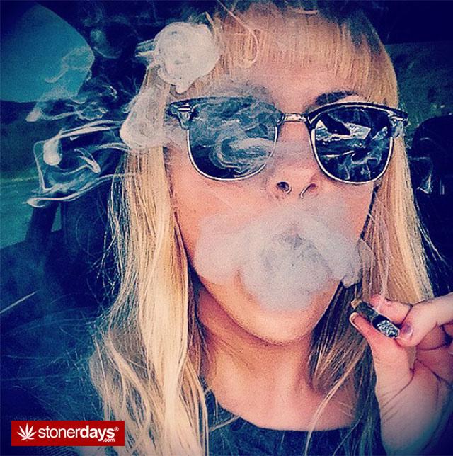 Stoner-Smoke-Tricks (2)