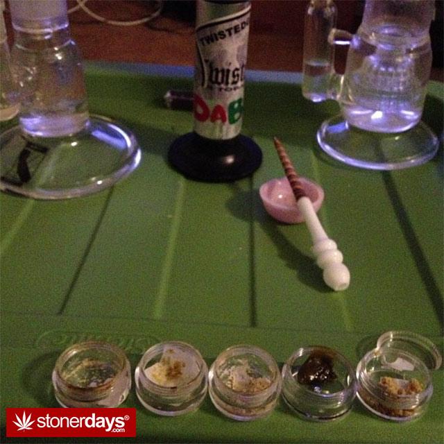 dabbing-smoking-weed-shatter-(52)