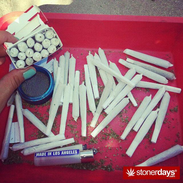 hot-stoners-bong-weed-pics (66)
