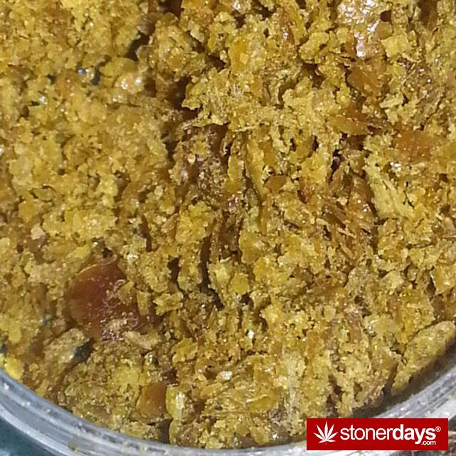 hot-stoners-bong-weed-pics (93)