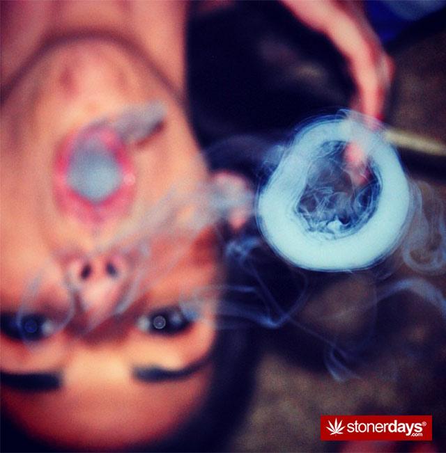 hot-stoners-pics-(22)