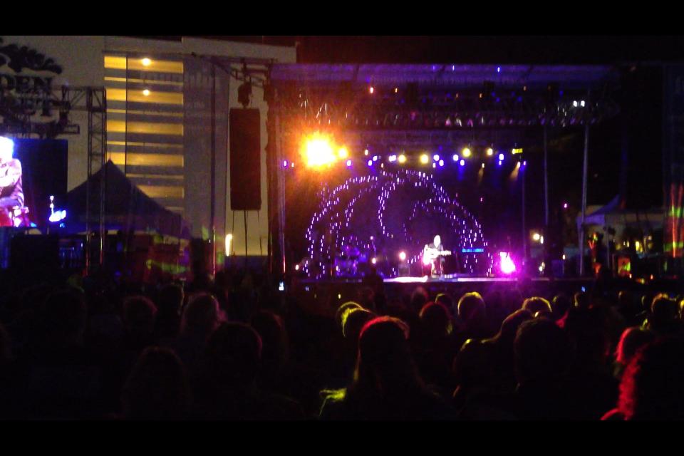 live-miller-band-stage