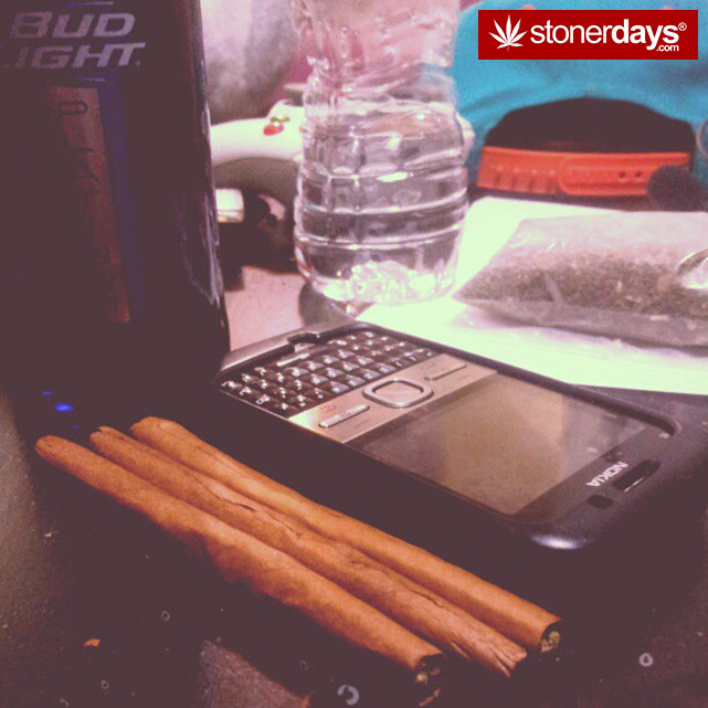 marijuana-pictures-hot-girls (4)