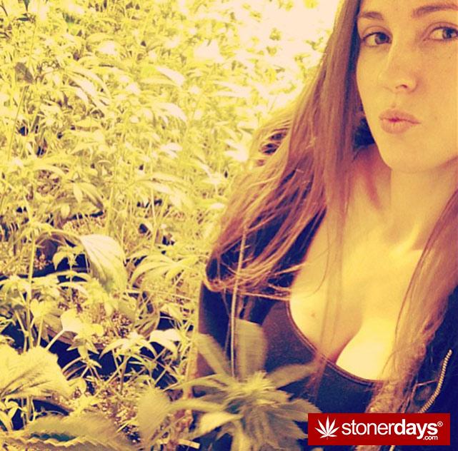 marijuana-stoner-stoned-girls (65)
