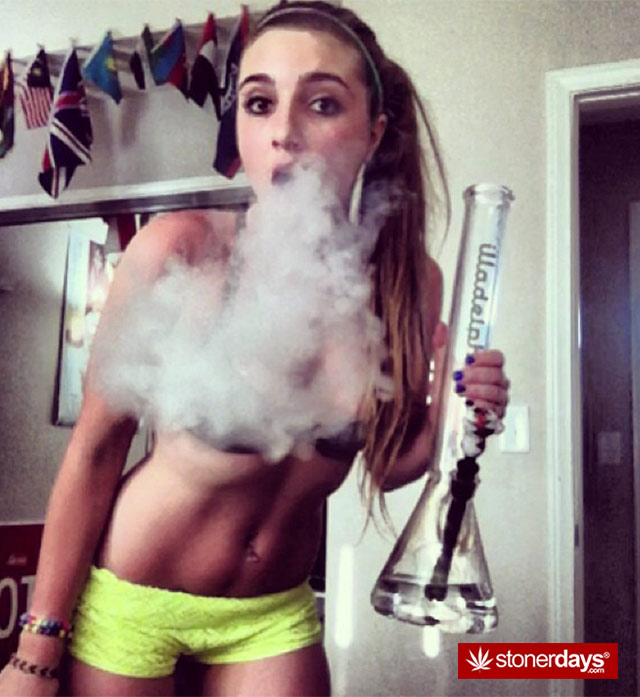 sexy-stoner-pipes-(23)