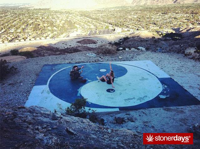 Stoner-Adventures-Outdoor-Smoking (30)