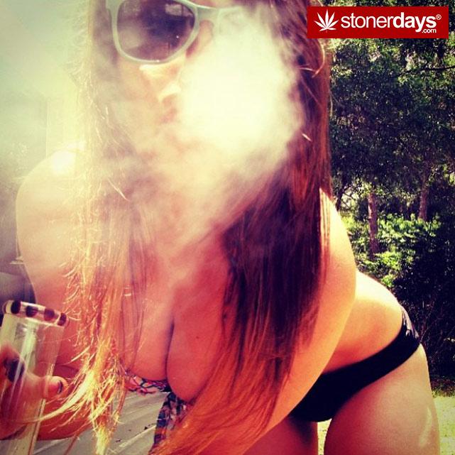 fat-blunts-girls-smoking-weed (114)