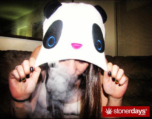 fat-blunts-girls-smoking-weed (31)