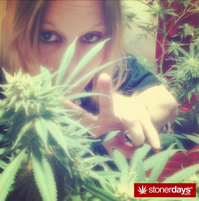 happy-420-stoned-marijuana (396)