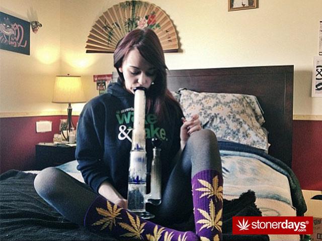 hot-stoner-pic-(10)