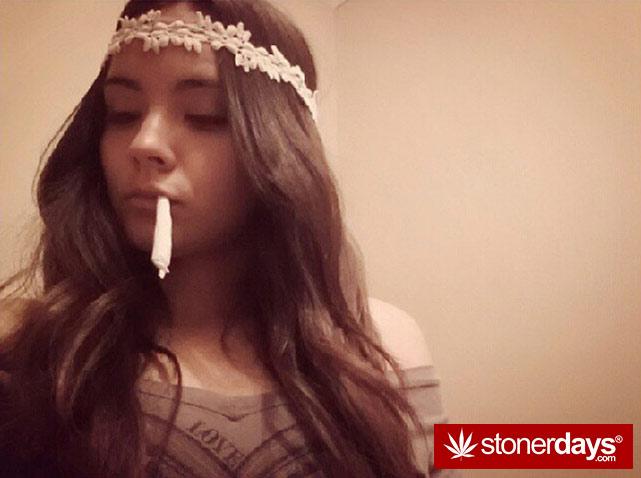 sexy-stoner-marijuana-pictures (132)
