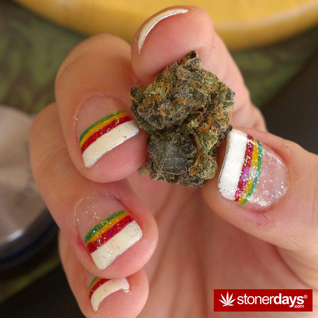 smoke-weed-marijuana-pictures (233)