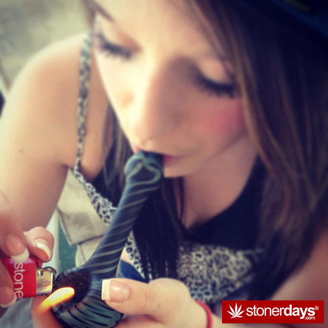 smoking-bongs-fat-blunts (39)
