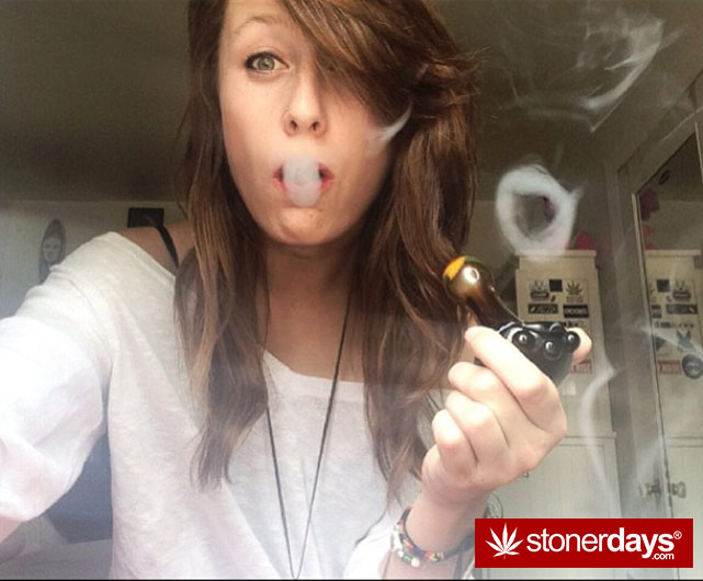 stoner-weed-girls-blazed (139)