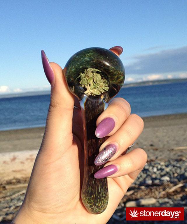 stoners-pics-of-pot-marijuana-pictures (719)