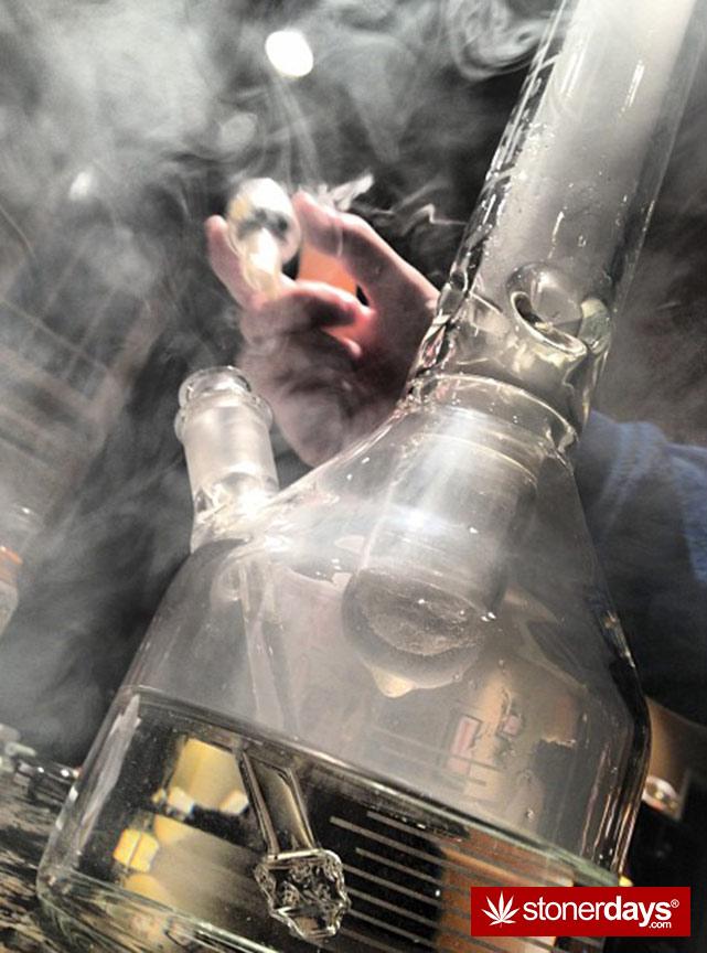 stoners-pics-of-pot-marijuana-pictures (919)