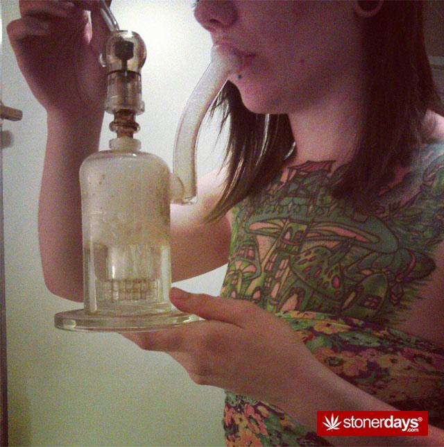 sexy-stoner-pipes-(17)