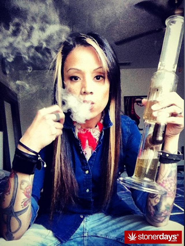 stoner-weed-girls-blazed (34)